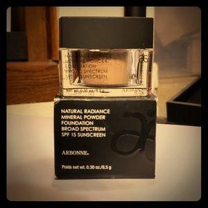 Arbonne Natural Radiance Mineral Powder Foundation